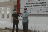 FKIJK-OJK NTB salurkan bantuan 2.000 paket kebutuhan pokok