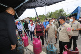 Sakariyas dampingi Gubernur Kalteng temui warga terdampak banjir di Kamipang