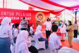 Jokowi: Kepala sekolah kejar kepala daerah tuntaskan vaksinasi bagi pelajar