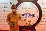 PAM Tirta Sago Payakumbuh raih TOP BUMD Award 2021 bintang tiga