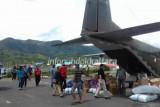 Sebagian distribusi logistik Pilkades Nunukan lewat pesawat terbang