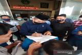 Mahasiswa UIN Ar-Raniry Banda Aceh unjuk rasa minta kuliah tatap muka