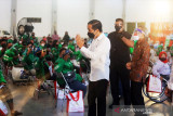Jokowi tinjau pusat vaksinasi Grab yang ramah disabilitas