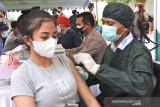 Vaksinasi pelajar SMA/SMK di NTT capai 5.600 orang