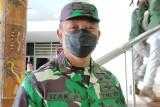TNI: Evakuasi dua nakes yang jatuh di jurang Kiwirok alami kendala