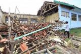 Bangunan Sekolah Ambruk Di Indramayu