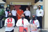 Polisi ringkus oknum guru fedofil terhadap 12 murid Ponpes
