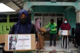PT Salam Gold Indonesia gandeng Dompet Dhuafa salurkan paket sembako