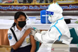 TNI di Merauke vaksinasi 157 siswa SMP