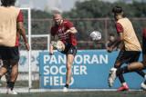 Melvin Platje waspadai dua pemain Persib Bandung jelang duel