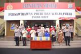 Polda Sulut salurkan bansos bagi purnawirawan-warakawuri