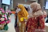 30 peserta ikuti lomba merangkai bunga DWP Kampar