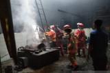 Pabrik pengolahan kopi legendaris di Jambi terbakar