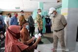 Kepala Bappenas tinjau vaksinasi dan UMKM di Karanganyar
