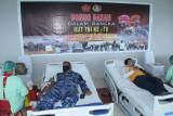 Lanud Sam Ratulangi laksanakan donor darah sambut HUT TNI