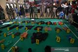 Barang Bukti Kontak Tembak Kelompok MIT Poso