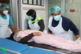 Korban Kekejaman KST Kwirok jalani perawatan di RS Marthen Indey