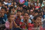 Puluhan anak Riau dihibur sambil belajar oleh LPAI di Pekanbaru