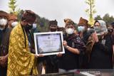 Menparekraf resmikan amphitheater dukung potensi wisata di Ranupani Jatim