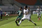 Pelatih Arema minta pemainnya tidak disalahkan atas kekalahan dari PSS