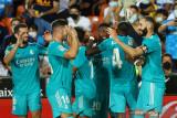 Gol larut Benzema dan Vinicius bantu Madrid menang 2-1 lawan Valencia