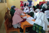 Anggota DPR RI gelontorkan 20 ribu vaksin untuk pelajar Tegal