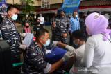 TNI AL menggencarkan vaksinasi COVID-19 di Jakarta Utara