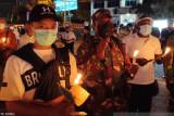 Ratusan tenaga kesehatan di Jayapura gelar bakar lilin terkait tragedi Kiwirok