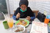Nikmati bakso herbal lobster tanpa MSG dan bahan pengawet di Kota Padang, disini lokasinya