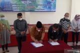 Dirut Bank Nagari-Bupati Agam tandatangani MoU dan PKS terkait elektronifikasi transaksi