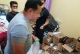 Jual minuman beralkohol ilegal secara daring, RD ditangkap polisi
