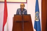 J.E. Sahetapy tutup usia