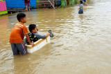 Sungai Kayan meluap