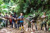BBKSDA Riau lepasliarkan ular piton panjang 9 meter