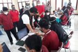 DPC PDIP Kabupaten Kediri gelar vaksinasi COVID-19 massal