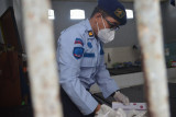 Rutan Wates gelar razia warga binaan untuk tekan peredaran narkoba