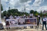 Pencari suaka  dari Afganistan berunjuk rasa minta ditempatkan ke negara ketiga