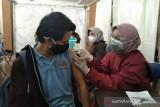 1.500 mahasiswa Universitas Muria Kudus jalani vaksinasi  COVID-19