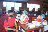 Forkopimda Sulut tinjau vaksinasi massal di Politeknik Negeri Manado
