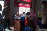 Seluruh warga binaan Lapas IIB Lubukbasung Agam divaksinasi