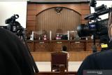 Kuasa hukum Jumhur keberatan sikap jaksa tak anggap saksi dan bukti terdakwa
