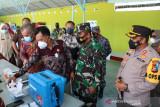 TNI Polri gelar serbuan vaksinasi untuk pelajar di Meranti