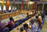 Wali Kota Palu  berharap serapan belanja daerah Triwulan tiga 75 persen