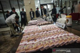 Pengungkapan Kejahatan Uang Palsu