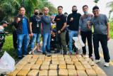 Empat orang diduga pengedar ganja ditangkap BNN Pasaman Barat di dua tempat berbeda