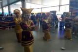 IKM Mimika sambut kontingen PON Sumatera Barat dengan atraksi ini