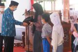 Pemkot Magelang salurkan bantuan bagi anak-anak terdampak COVID-19