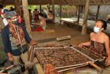 Sandiaga Uno pesan 120 kain tenun khas Tenganan untuk G20 di Bali