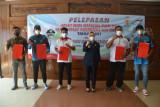 Bupati Purbalingga lepas keberangkatan empat atlet ke PON dan Peparnas Papua