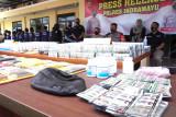 Satnarkoba Polres Indramayu tangkap bandar besar obat keras tanpa izin